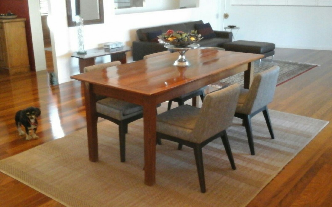 Comfortable, Contemporary Family Dining Room by Chris from Redcliff