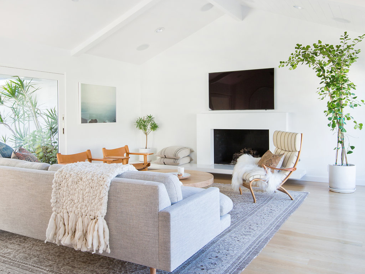fetching minimalist living room | 6 Minimalist Mid-Century Modern Living Rooms - Be Inspired